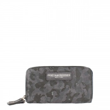 Frieda & Freddies New York Geldbörse Camouflage aus Leder 54230 in schwarz